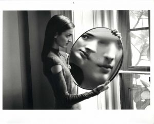 Duane Michals: Dr. Heisenbergs Serie, Bild 2, Courtesy Galerie Clara Maria Sels